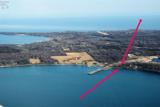 359 360 West Lakeshore Drive, Kelleys Island, OH - USA (photo 1)