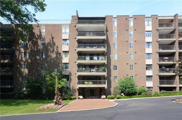 201 Grant Street 402, Sewickley, PA - USA (photo 1)