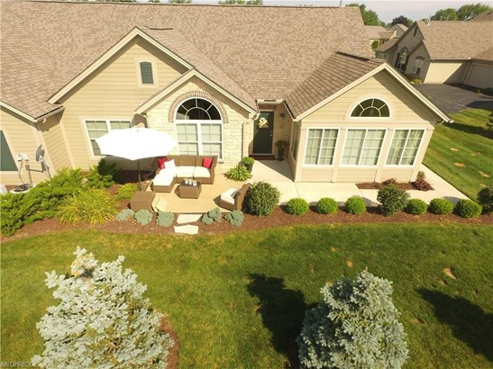 311 Quarry Lakes Dr, Amherst, OH - USA (photo 3)