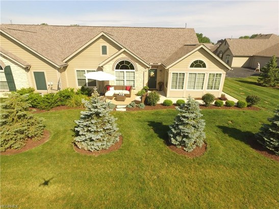 311 Quarry Lakes Dr, Amherst, OH - USA (photo 4)