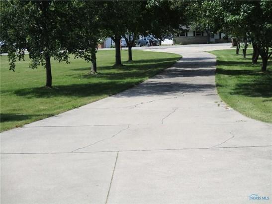2021 S Clinton Street, Defiance, OH - USA (photo 3)