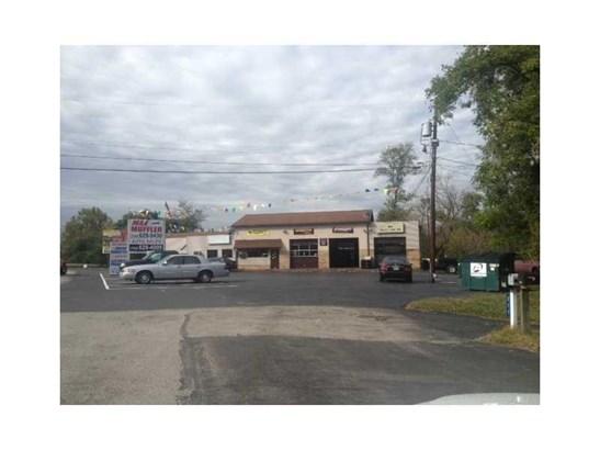 1202 Memorial Blvd, Connellsville, PA - USA (photo 2)