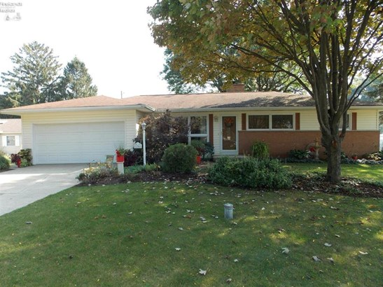 1961 Melody Drive, Fremont, OH - USA (photo 1)
