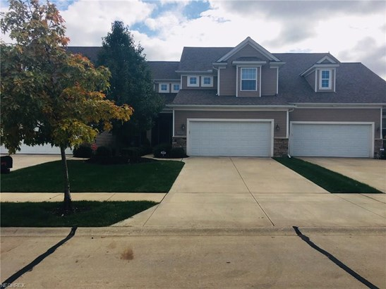 8310 Beaumont Dr, Mentor, OH - USA (photo 1)