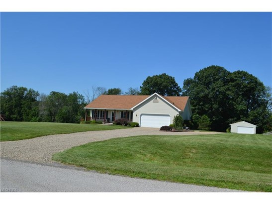3555 York Rd, Orrville, OH - USA (photo 1)