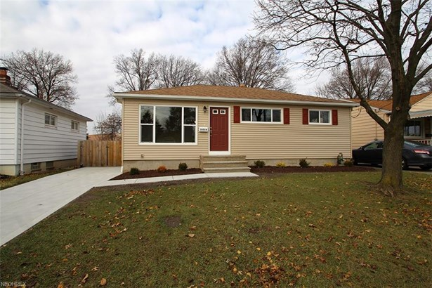 16518 Shelby Dr, Brook Park, OH - USA (photo 1)