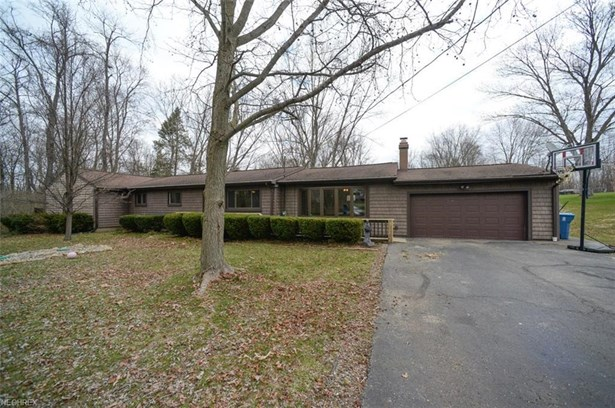 3122 Hillcrest Dr, Norton, OH - USA (photo 1)