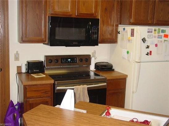 3800 Northwoods Ne Ct 2, Warren, OH - USA (photo 3)