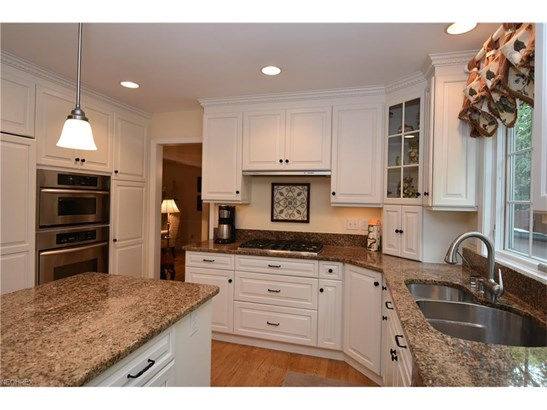 31415 Aldrich Dr, Bay Village, OH - USA (photo 4)