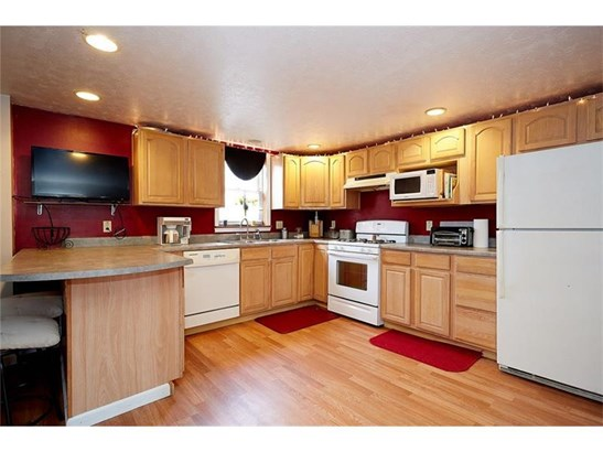 205 Cottage St, Neville Is, PA - USA (photo 5)
