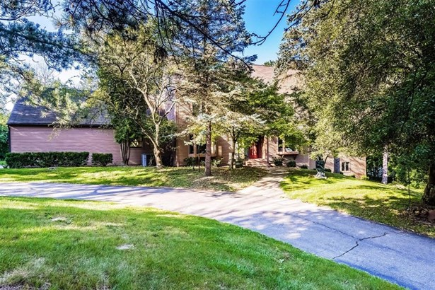5765 Woodridge Court, Ann Arbor, MI - USA (photo 1)