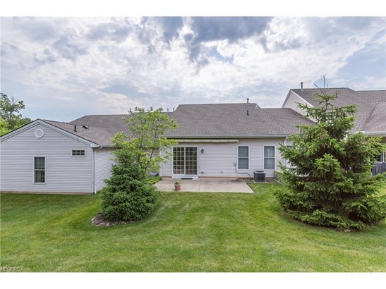 403 Creekside Dr, Mayfield Heights, OH - USA (photo 4)
