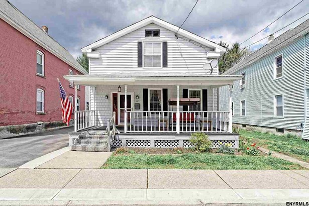 22 Green St, Mechanicville, NY - USA (photo 1)