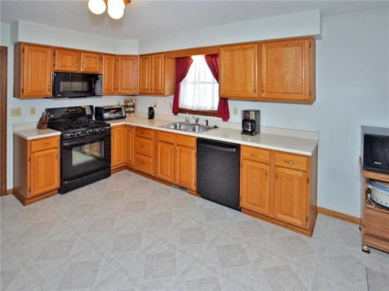 11 Brook Valley Dr, Harrison City, PA - USA (photo 2)