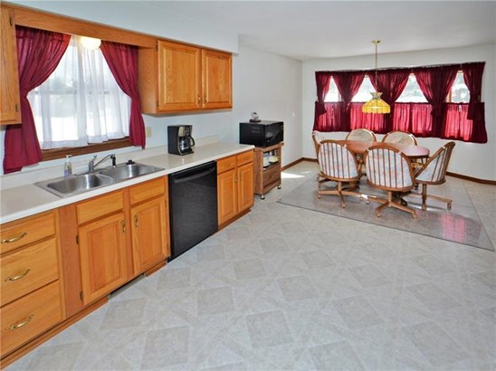 11 Brook Valley Dr, Harrison City, PA - USA (photo 3)