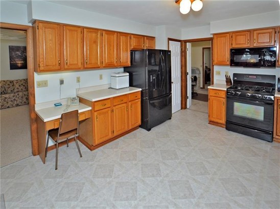 11 Brook Valley Dr, Harrison City, PA - USA (photo 5)