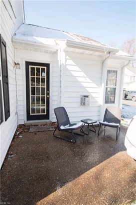 301 Savannah Ct, Newport News, VA - USA (photo 4)
