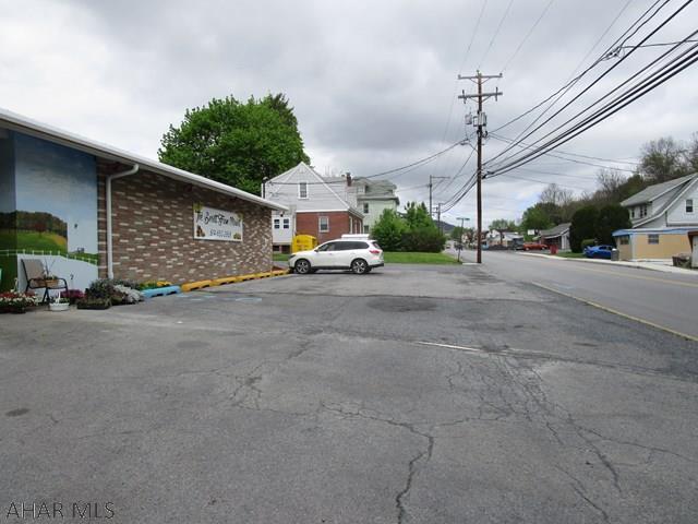 802 N. Spring Street, Everett, PA - USA (photo 3)
