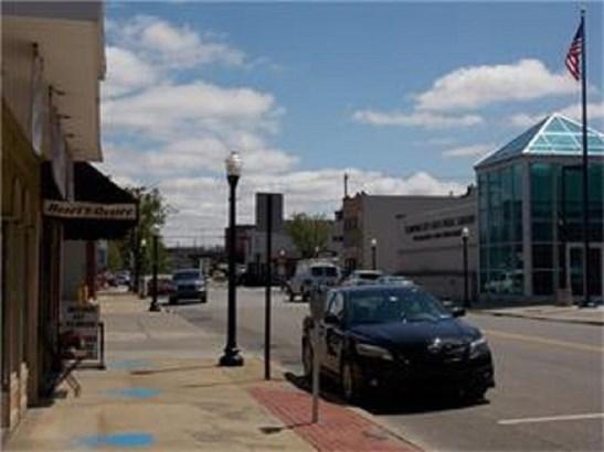 430 Lawrence Avenue, Ellport, PA - USA (photo 4)