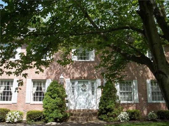 893 Chestnut Ln, Amherst, OH - USA (photo 2)