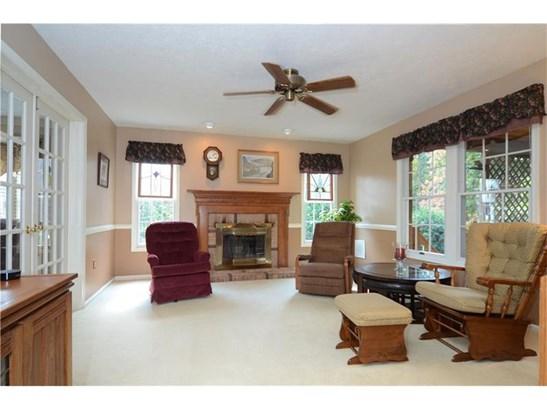223 Oak Highland Dr, Carpolis, PA - USA (photo 4)