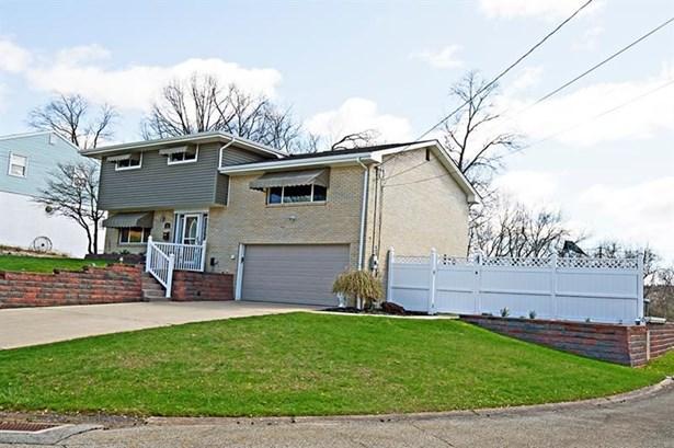 119 Mcwilliams Dr, Natrona Heights, PA - USA (photo 2)