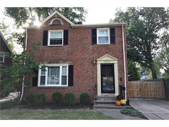 4652 W Park Dr, Fairview Park, OH - USA (photo 2)