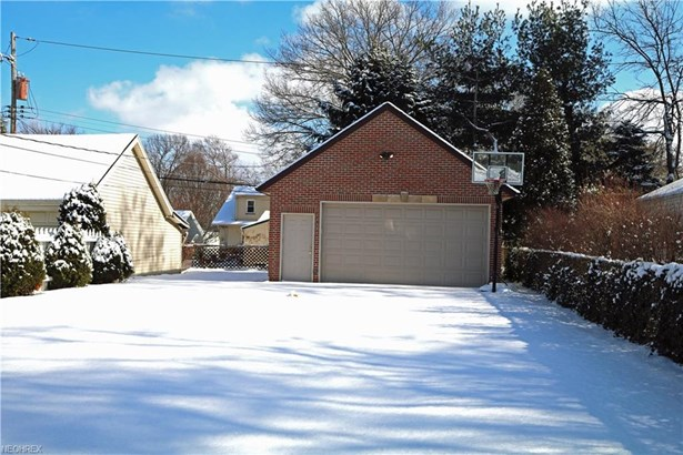 4197 W 212th St, Fairview Park, OH - USA (photo 3)