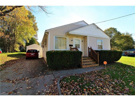 770 Marie Ave, Akron, OH - USA (photo 2)