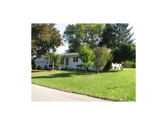 1649 Japack Dr, Fremont, OH - USA (photo 2)