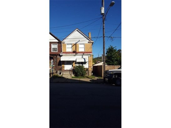 916 Mckean Avenue, Donora, PA - USA (photo 1)