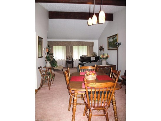 3677 Lyntz Townline Rd, Lordstown, OH - USA (photo 5)