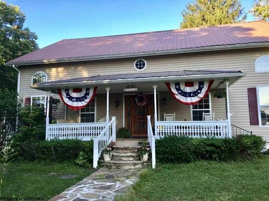 566 Bethel Church Road, Maidsville, WV - USA (photo 1)