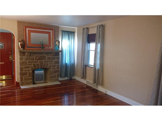 56 Bellanca Ave, Brentwood, PA - USA (photo 3)