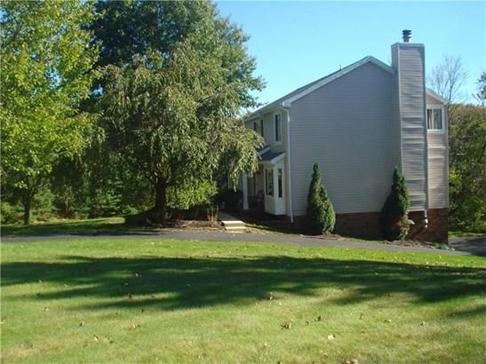 1603 Forest Ridge, Franklin Park, PA - USA (photo 2)