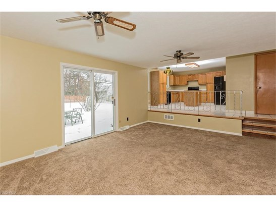 5929 Cantwell Dr, Mayfield Heights, OH - USA (photo 2)
