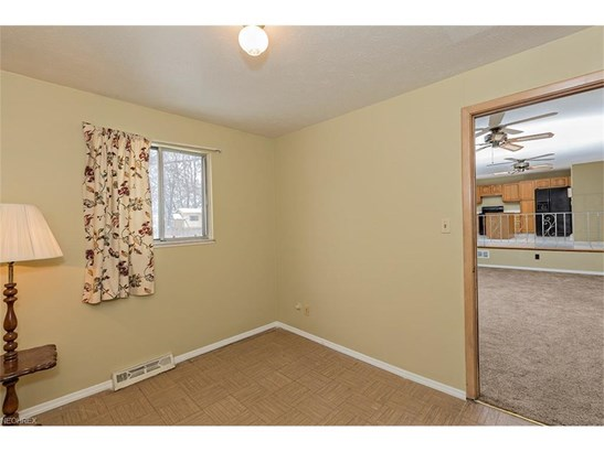 5929 Cantwell Dr, Mayfield Heights, OH - USA (photo 5)