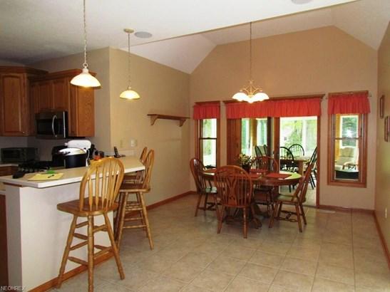 16705 Orange Ln, Auburn Township, OH - USA (photo 5)