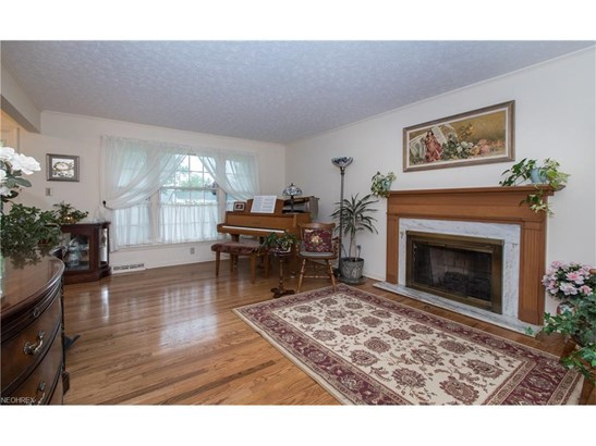 5084 Dogwood Trl, Lyndhurst, OH - USA (photo 4)