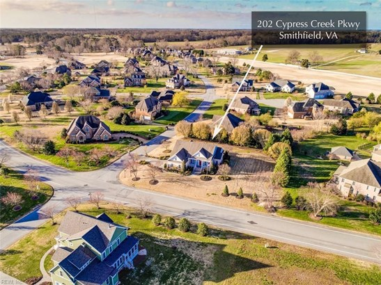 202 Cypress Creek Pw, Smithfield, VA - USA (photo 3)