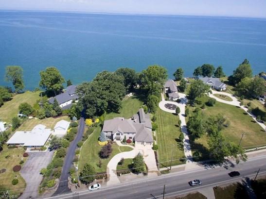 33058 Lake Rd, Avon Lake, OH - USA (photo 1)