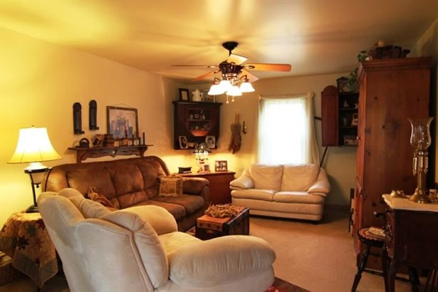 3764 Bakerstown Rd, Richland, PA - USA (photo 5)