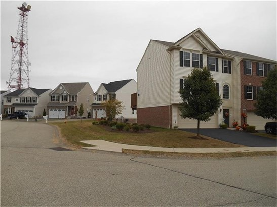 2810 Michael Drive, Baldwin, PA - USA (photo 1)