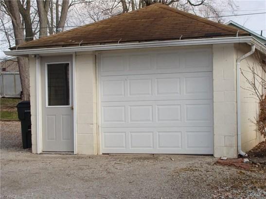 246 E Wood St, Shreve, OH - USA (photo 5)