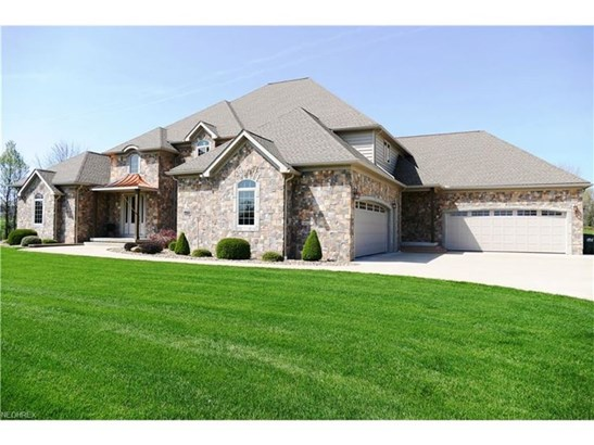 4021 Deerspring Ct, Norton, OH - USA (photo 1)