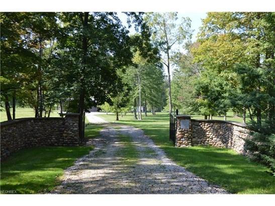 8510 Hart Rd, Kirtland Hills, OH - USA (photo 2)