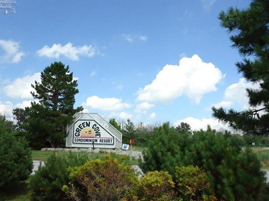 6334 North Harris Harbor Drive, Oak Harbor, OH - USA (photo 2)