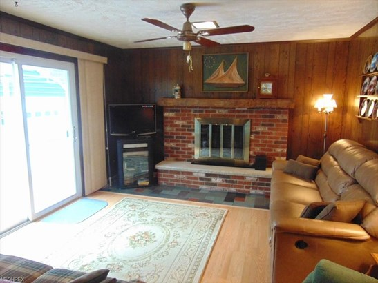 4944 Winchell Rd, Mantua, OH - USA (photo 2)