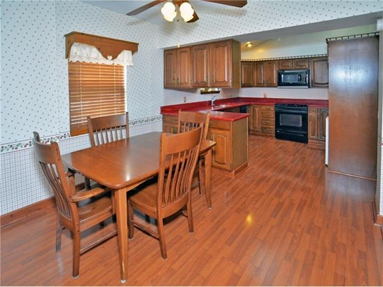 141 Ritzland Rd, Penn Hills, PA - USA (photo 2)
