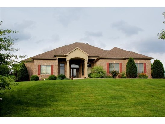 905 Gateway Cir, Hempfield, PA - USA (photo 1)